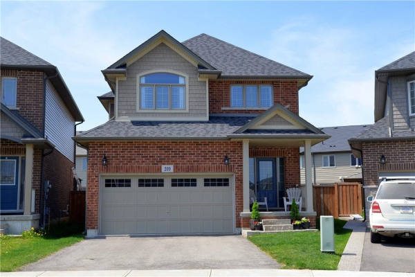 209 Echovalley Drive, Stoney Creek