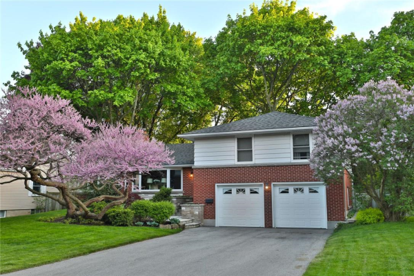 246 TUCK Drive, Burlington
