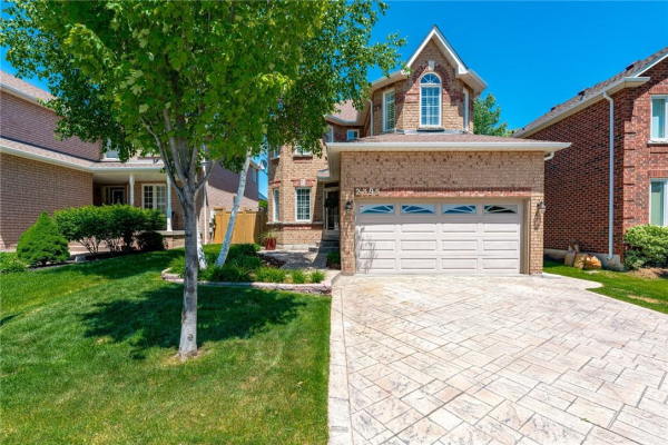 2395 East Gate Crescent, Oakville