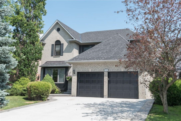 93 CITATION Crescent, Ancaster
