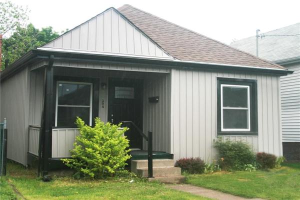 208 Weir Street N, Hamilton