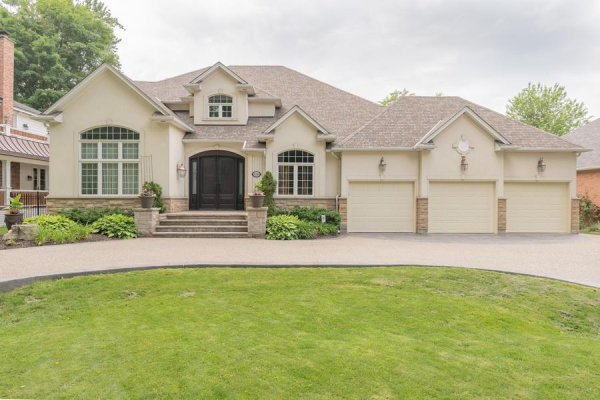 234 Lovers Lane, Ancaster