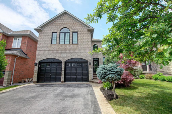 2244 Foxfield Road, Oakville