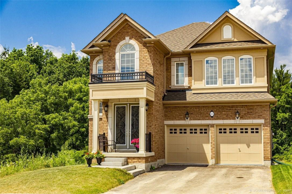 123 Woodhouse Street, Ancaster