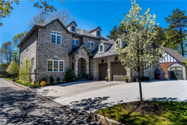 81 Lovers Lane, Ancaster