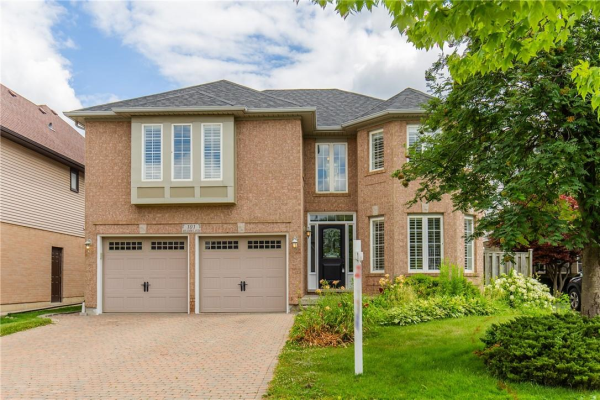 101 MEADOWLANDS Boulevard, Ancaster