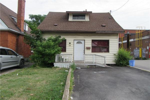 14 FENNELL Avenue W, Hamilton