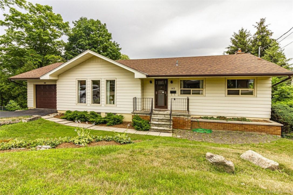 149 Old Ancaster Road, Dundas