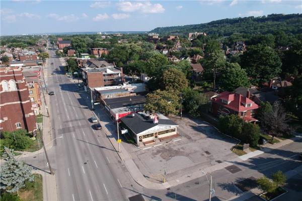 716 Main Street E, Hamilton