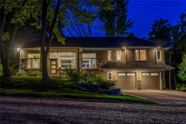 1594 MINERAL SPRINGS Road, Ancaster