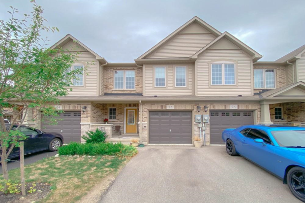 25 45 Royal Winter Drive, Binbrook