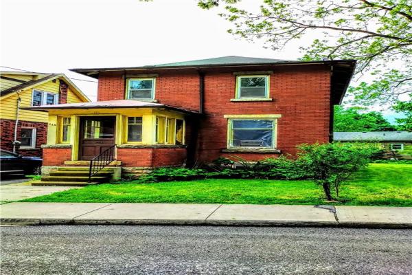 118 VICTORIA Street, Dundas