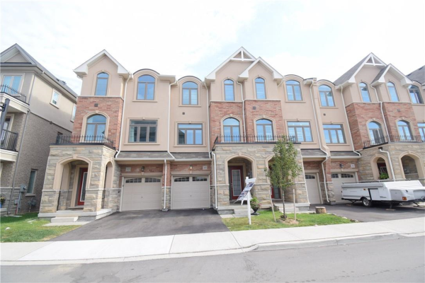 10 Borers Creek Circle, Waterdown