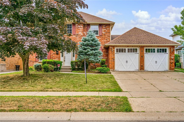 134 Meadowbrook Drive, Ancaster