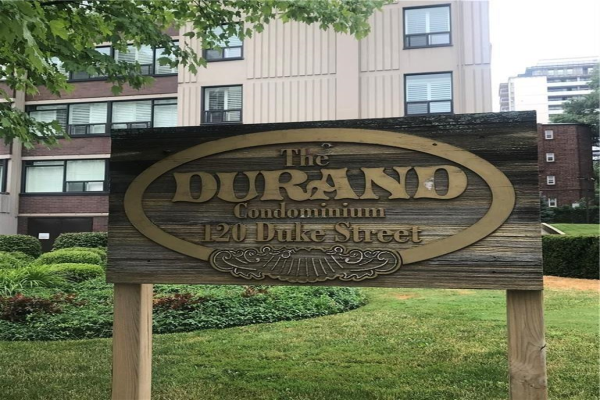 805 120 DUKE Street, Hamilton