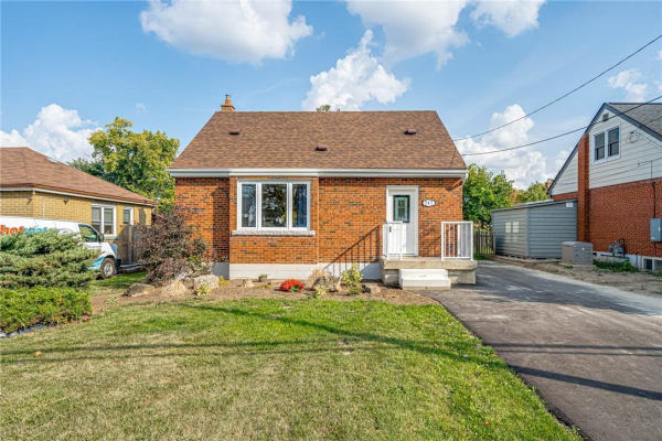 747 UPPER GAGE Avenue, Hamilton