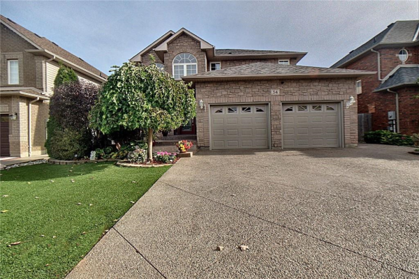 54 Yorkshire Drive, Ancaster