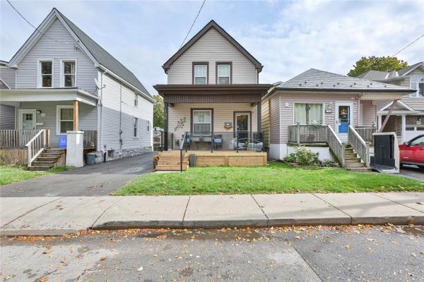 190 Kensington Avenue N, Hamilton
