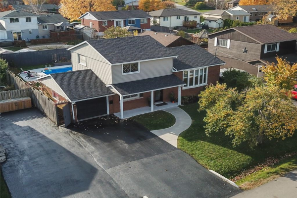 117 LAKESIDE Drive, Grimsby