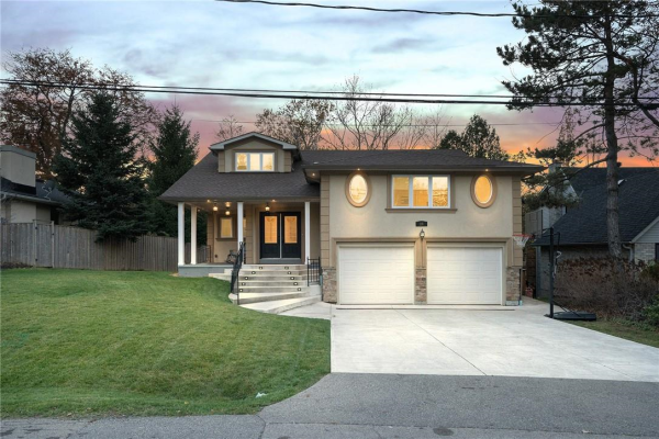 26 HOSTEIN Drive, Ancaster