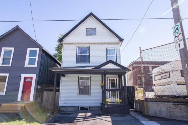 156 BIRCH Avenue, Hamilton