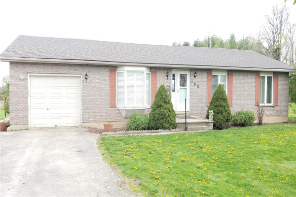 260 Old Greenfield Road, Brant County