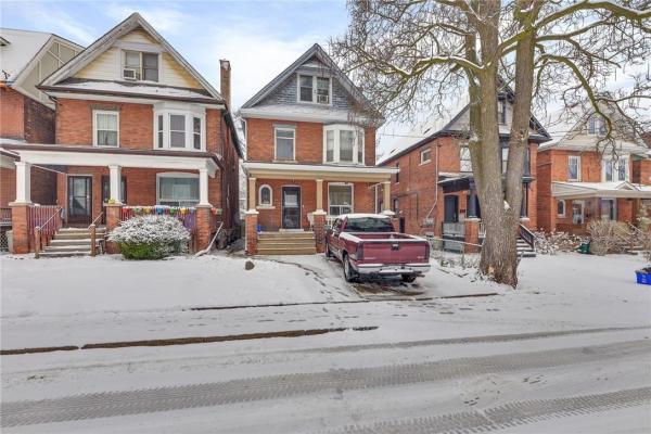 34 GLADSTONE Avenue, Hamilton