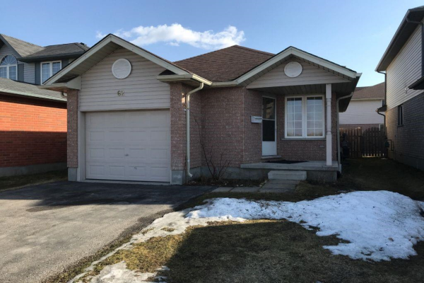 62 FALLOWFIELD Drive, Kitchener