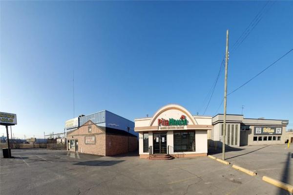 2415 BARTON Street E, Hamilton