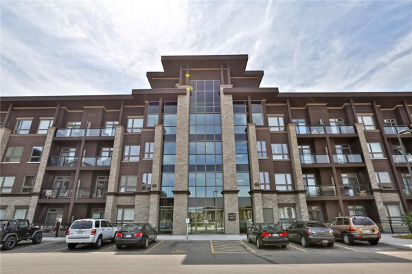 202 5020 CORPORATE Drive, Burlington
