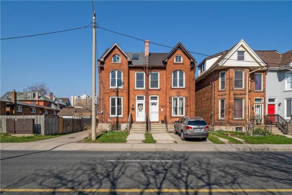 31 WENTWORTH Street N, Hamilton