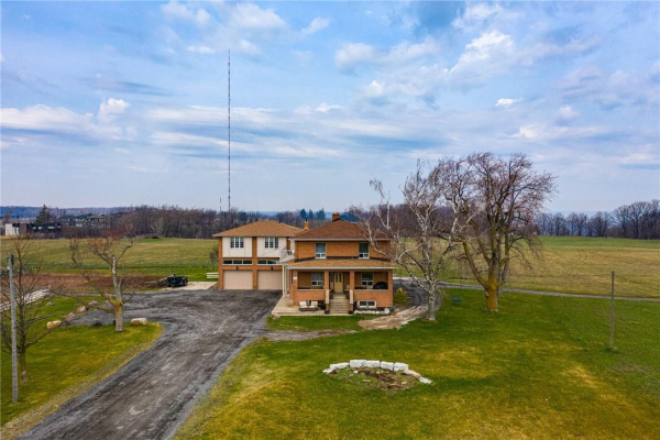 37 RIDGE Road, Stoney Creek