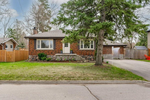 88 Elgin Street, Waterdown