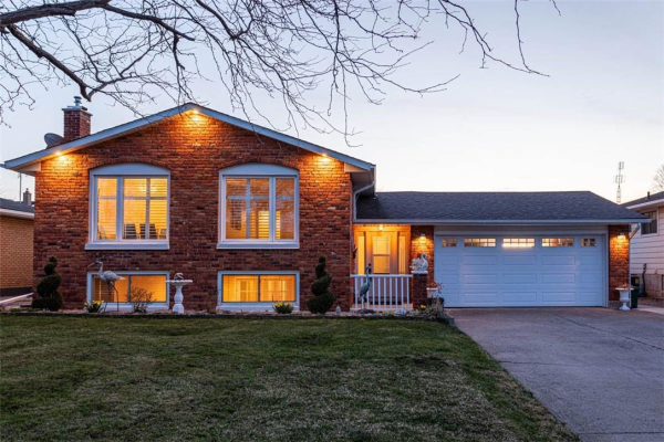 5063 SILVERBIRCH Lane, Beamsville
