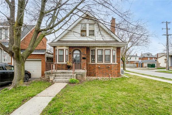 102 KENILWORTH Avenue S, Hamilton