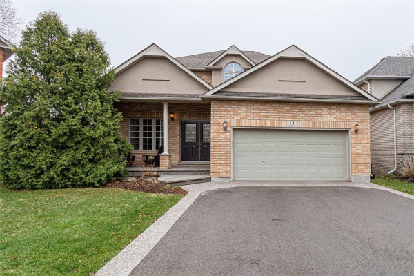 13 VOLTERRA Court, Waterdown