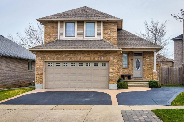 25 Lido Drive, Stoney Creek