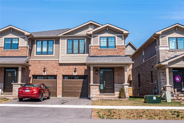 7 WILLOW Lane, Stoney Creek