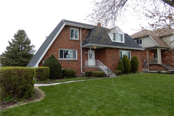 250 HIGHLAND Road W, Stoney Creek