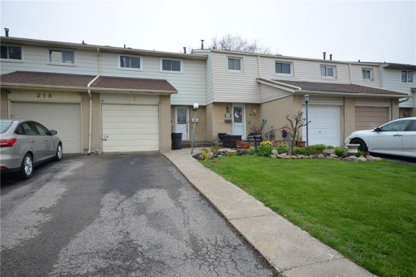 216 Golden Orchard Drive, Hamilton