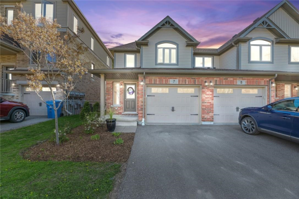 7 66 EASTVIEW Road, Guelph