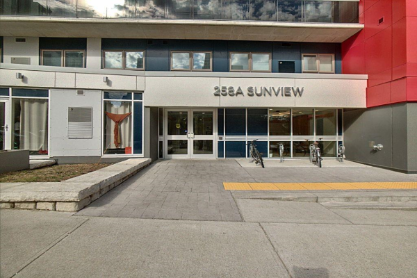 183 258A Sunview Street, Waterloo