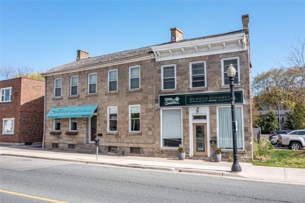 155 - 157 KING Street W, Dundas