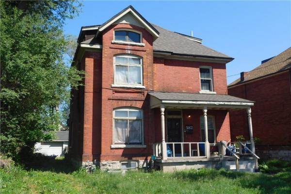 582 WENTWORTH Street N, Hamilton