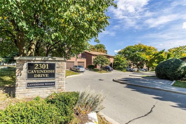 110 2301 CAVENDISH Drive, Burlington