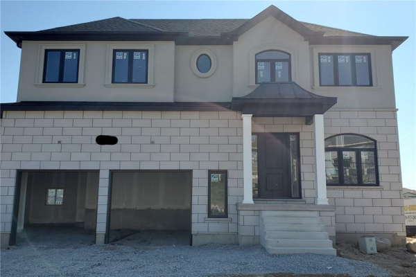4 CHAMBERS Drive, Ancaster