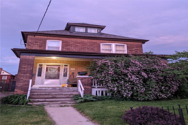 38 GIBSON Avenue, Hamilton