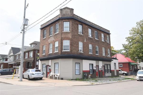 241 Gibson Avenue, Hamilton