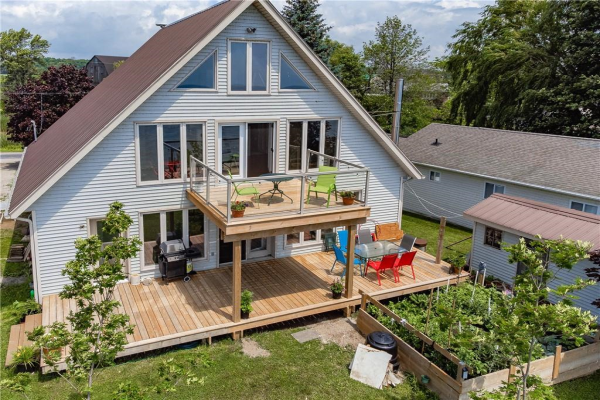 2634 LAKESHORE Road, Dunnville