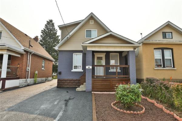 46 Connaught Avenue N, Hamilton